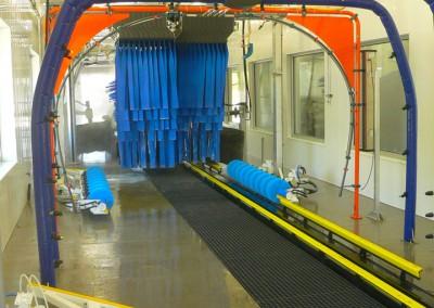 Express Auto Spa car wash bay